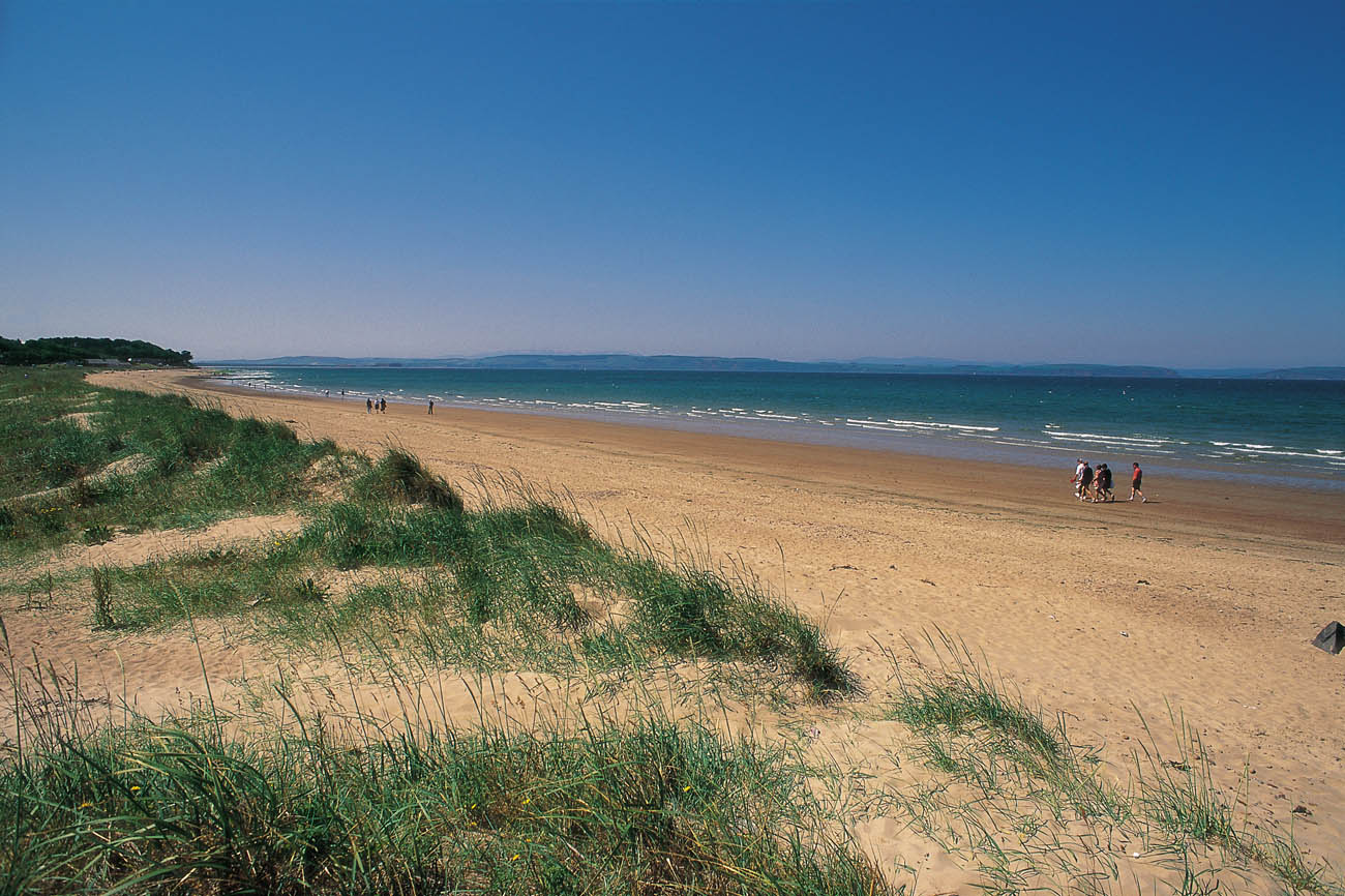 LOOKING ALONG THE WEST BEACH OF THE TOWN OF NAIRN- A ROYAL BURGH AND RESORT ON THE SOUTH SIDE OF THE MORAY FIRTH, EAST OF FORT GEORGE,